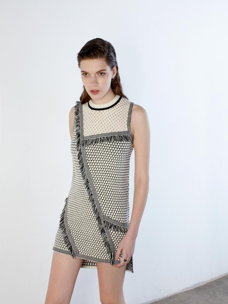 sycora-dress-extra